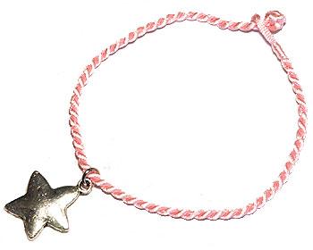 Rosa armband på nätet. Längd 16-17 cm.