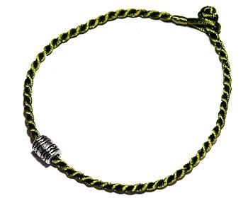Grönt armband online. Längd 16-17 cm.