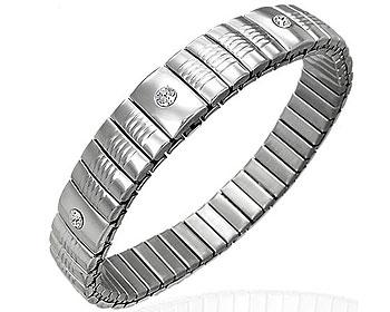 Töjbart armband online i stål. Bredd cirka 11 mm, omkrets cirka 18 cm..