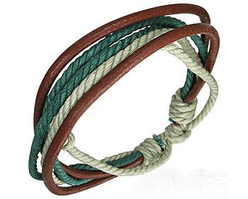 Armband i läder och flerfärgade trådar.