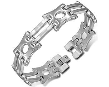 Brett armband i stål.