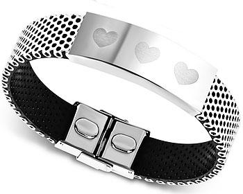 Armband i stål med hjärtutsmyckningar. Bredd cirka 16 mm. Längd cirka 21 cm.