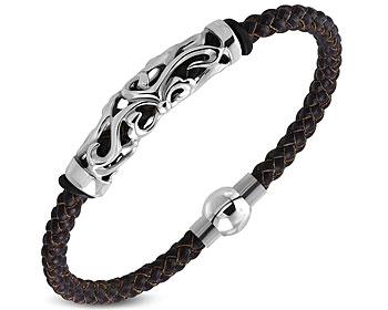 Flätat armband i läder och stål. Magnetlås. Bredd cirka12 mm. Längd cirka 22 cm.