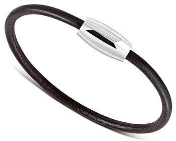 Brunt läderarmband. Mått cirka 18 cm x 3 mm. Magnetlås.