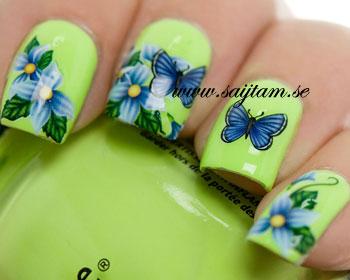 Nageldekal med fjärilar. <br>Bloggat om dekalerna hos <b> <a href=http://www.mynailpolishonline.com/2014/05/uncategorized/water-decals-with-butterflies/> My Nail Polish Online </a> </b>