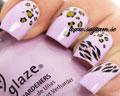 Leopardmönstrade dekaler till naglarna.