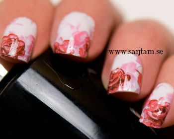 Blommiga rosa dekaler.