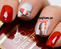 Romantiska vattendekaler för naglarna.