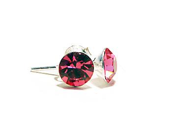 Kristallörhängen med månadsstenen för oktober månad (rose). Silverstift.