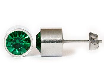 Gröna örhängen online 8 mm i diameter och cirka 7 mm i höjd.