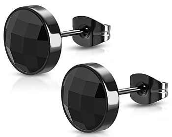 Svarta örhängen i stål. Diameter cirka 8 mm.