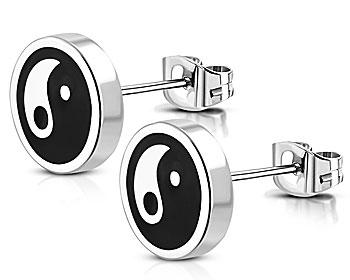Yin-Yang örhängen. Diameter cirka 8 mm.