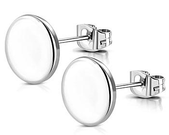 Stiftörhängen i stål. 8 mm. OBS ofärgade, kan eventuellt se vita ut på grund av reflex i bild.