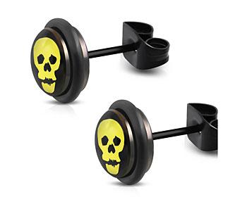 Dödskalleörhängen. 8 mm.