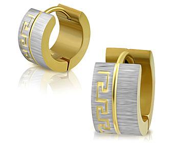 Örhängen i guldfärgat stål. 13x7 mm.