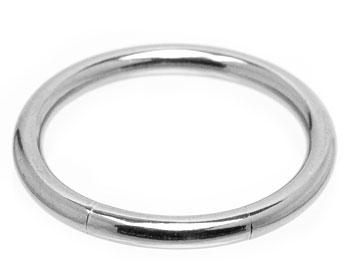 BCR piercing. Mått cirka 2x16 mm.