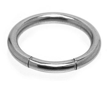 Smycke till BCR-piercing. Mått cirka 1,6x10 mm.