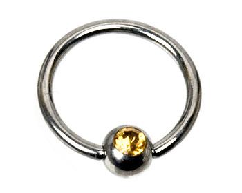 Ring till piercing. Kulstorlek 4 mm.