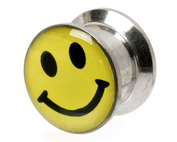 Piercing smiley 12 mm. Yttre mått cirka 12x16 mm.