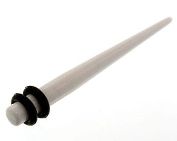 Töjningspiercing 4 mm.
