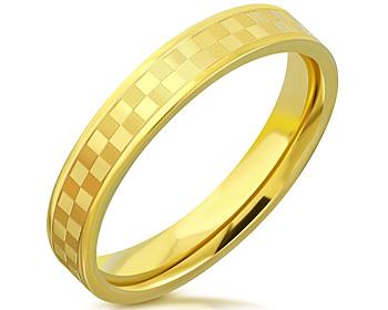 Guldfärgad ring i stål. Bredd cirka 4 mm.